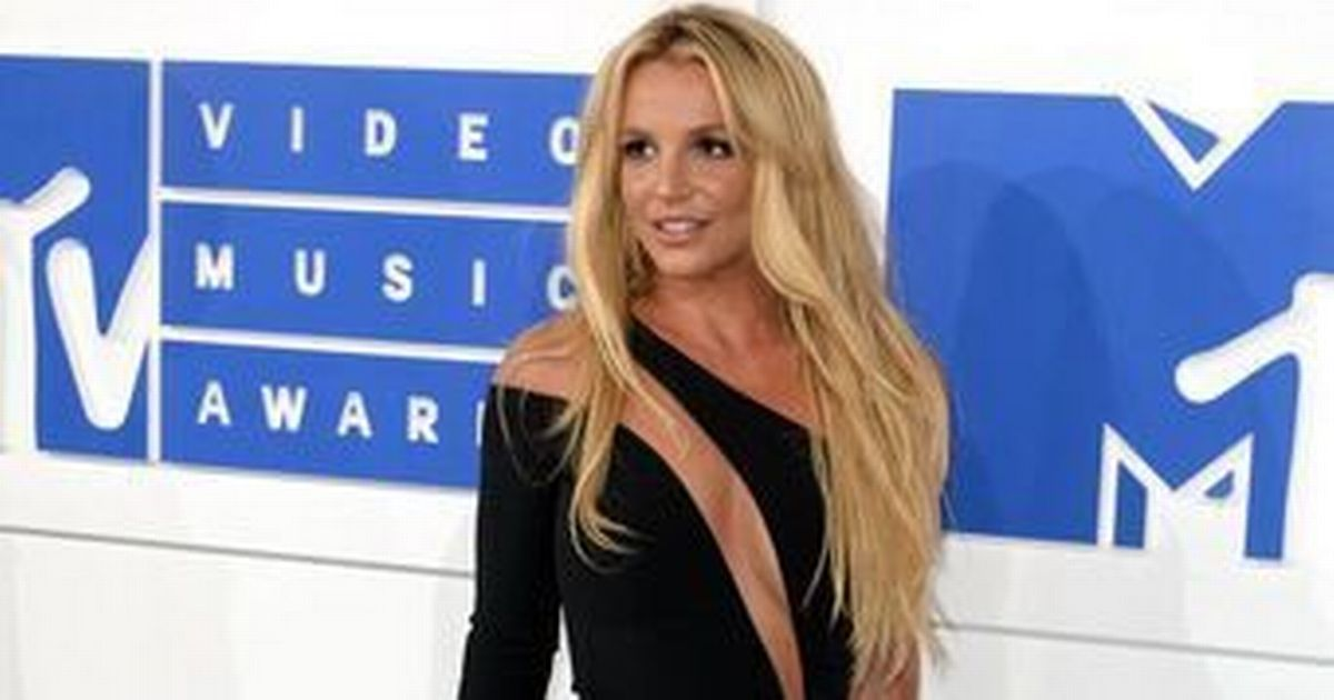 Britney Spears shares nude photos on Instagram as she celebrates legal victory on holiday