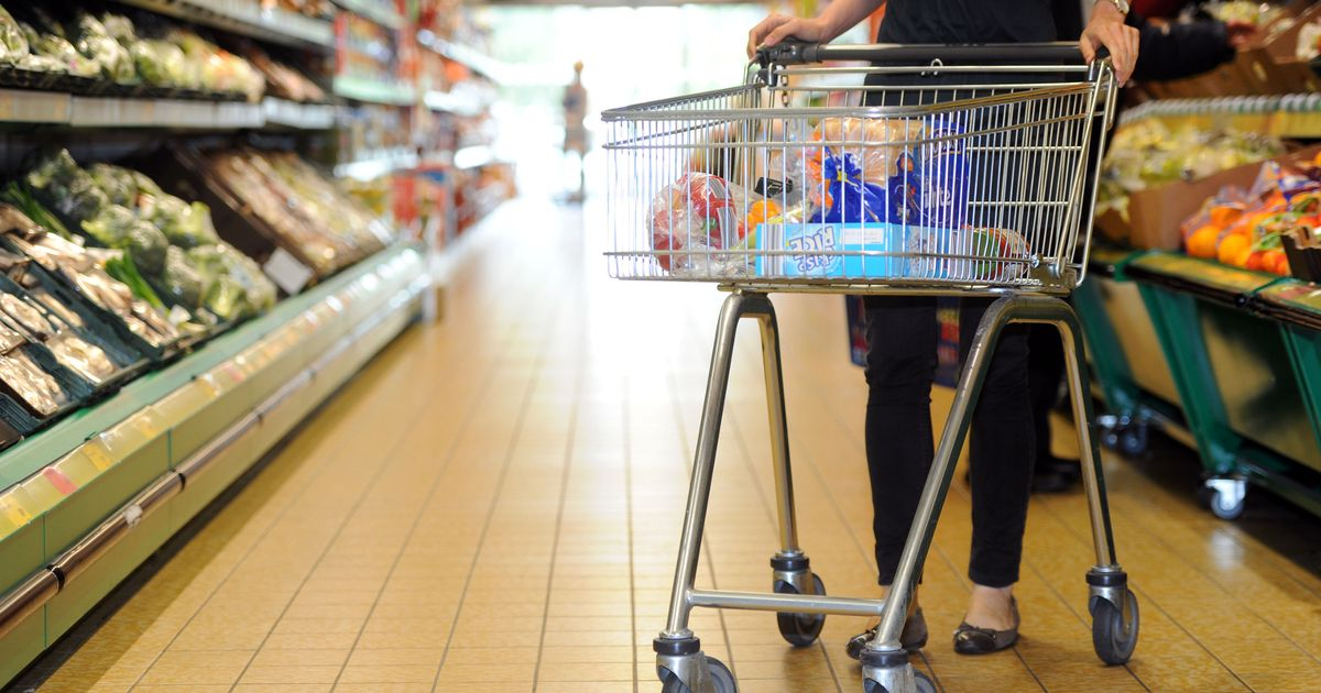 Fall in shop prices slows as supply chain disruption hits retail costs