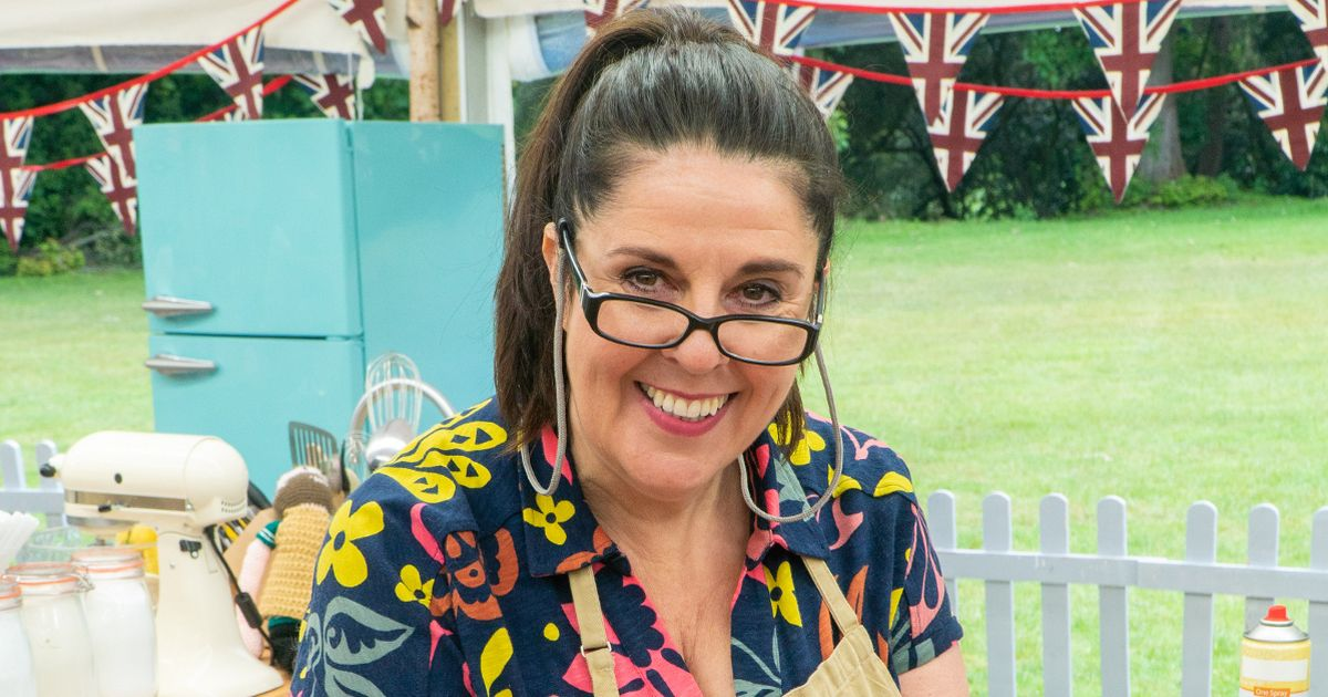 GBBO fans say it should be the 'break off' as showstopper collapses