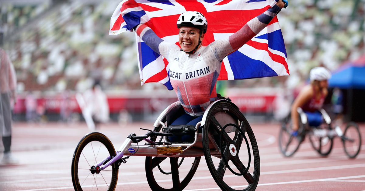 Hannah Cockroft smashes own Paralympic record to claim seventh career gold