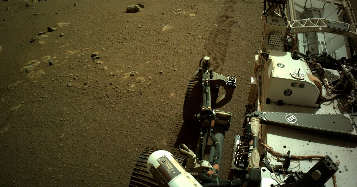 Life on Mars? The Red Planet may be too small to support it