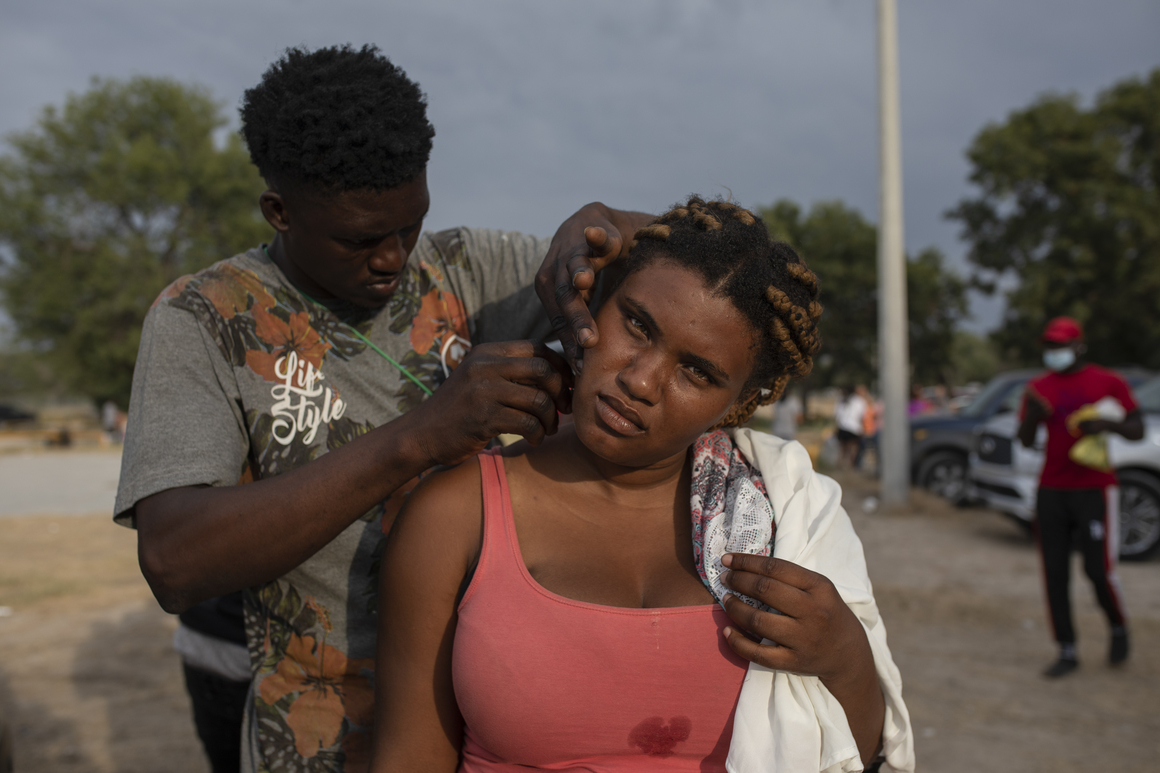 Mexico transports Haitians from remote area on U.S. border