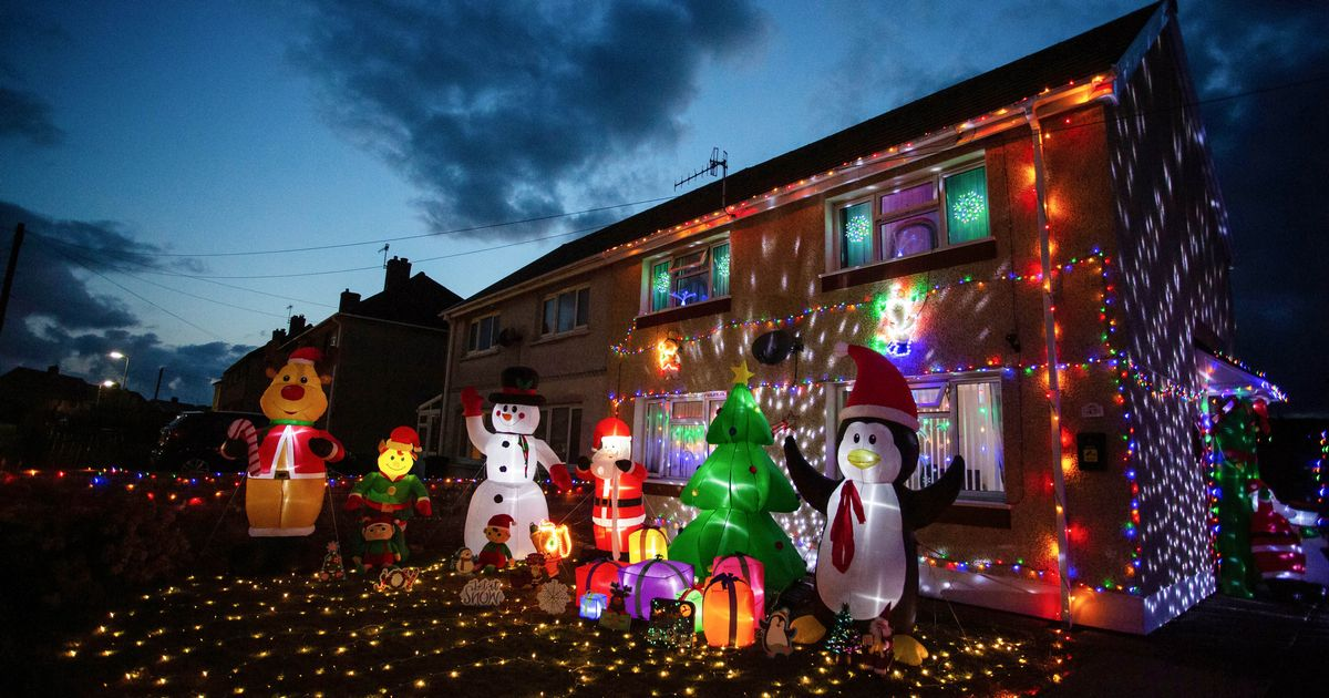 Mum puts up her Christmas decorations three months early - including 5,000 outdoor lights