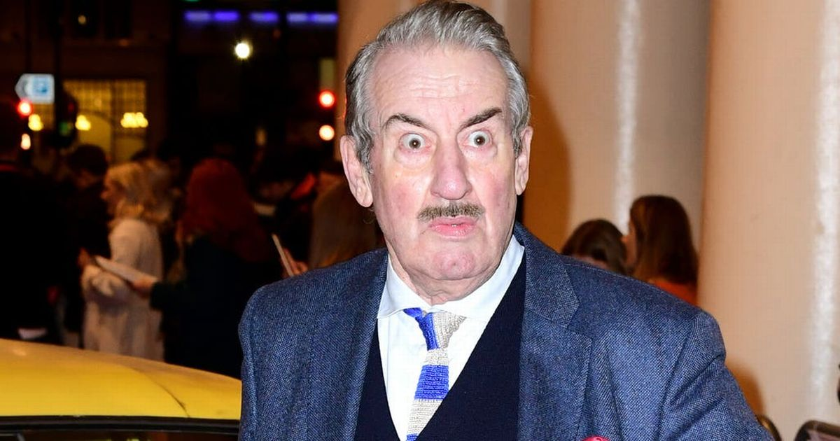 Only Fools And Horses star John Challis has died after cancer battle