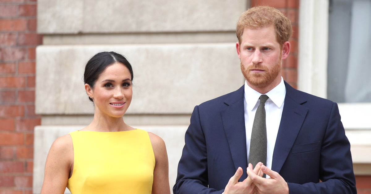 Prince Harry and Meghan Markle in 'brazen' bid for clear-the-air meeting with Queen