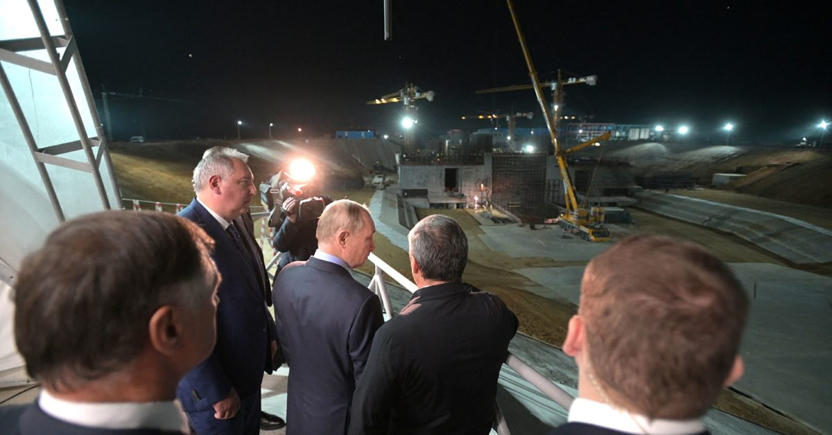 Putin says dozens of people in his entourage tested positive for Covid-19