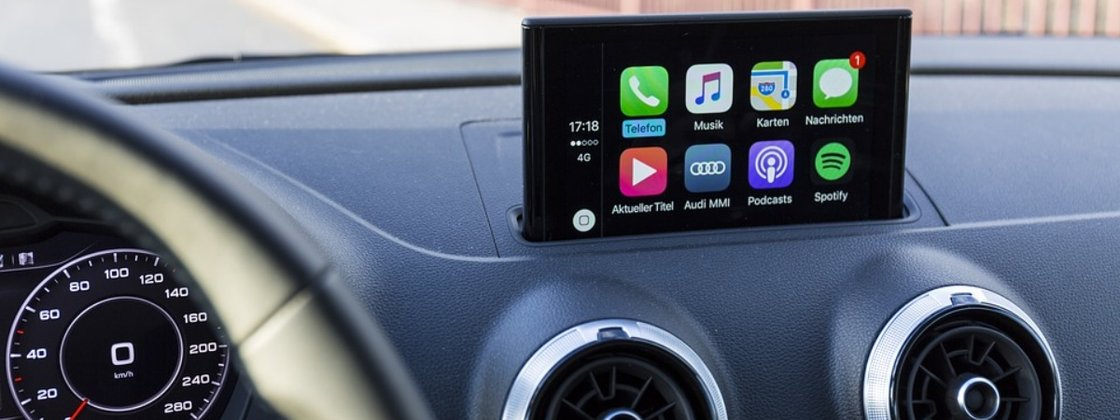 Apple Plans To Expand CarPlay Features