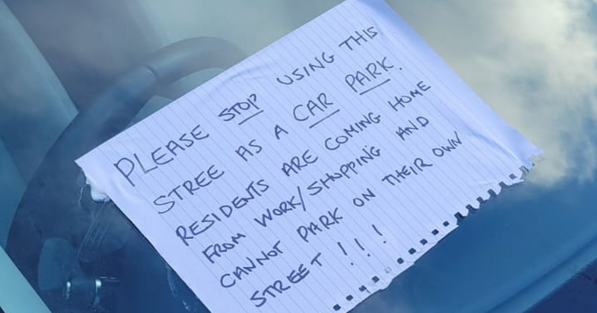 Angry residents 'stick notes' to sisters' Range Rovers 'with silicone' in parking row