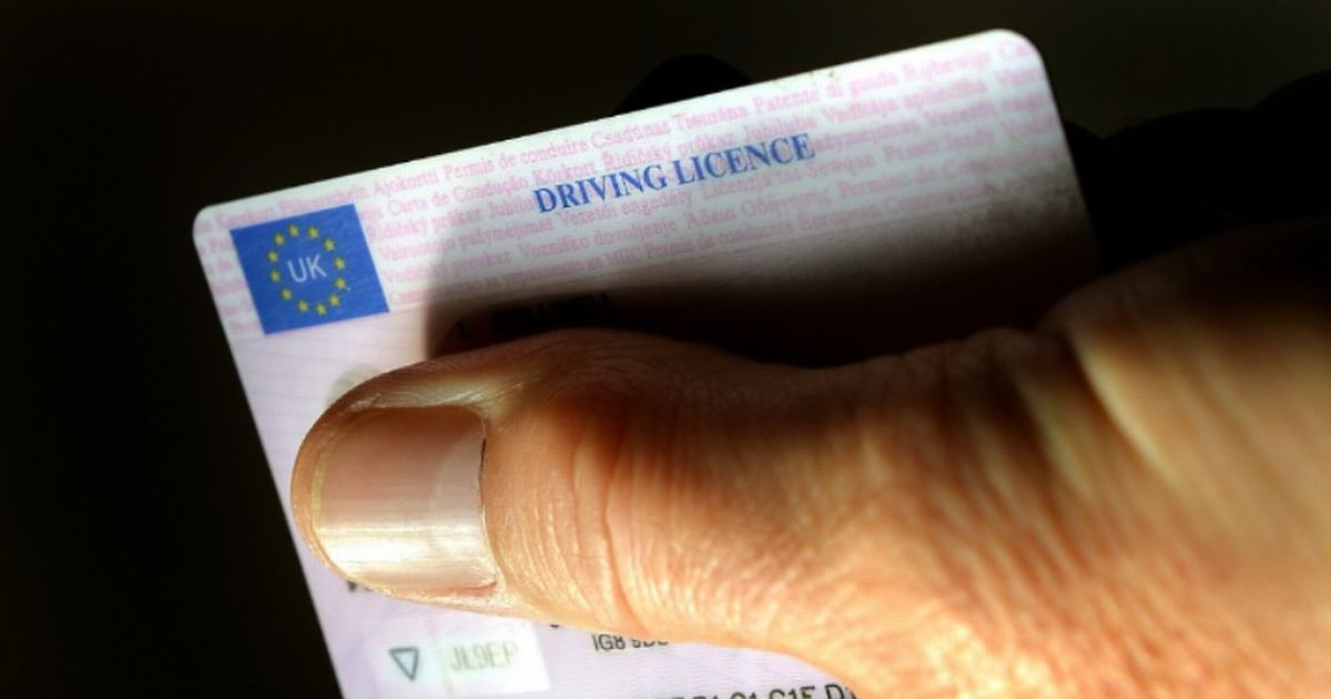 DVLA issues stark warning to drivers regarding driving licences