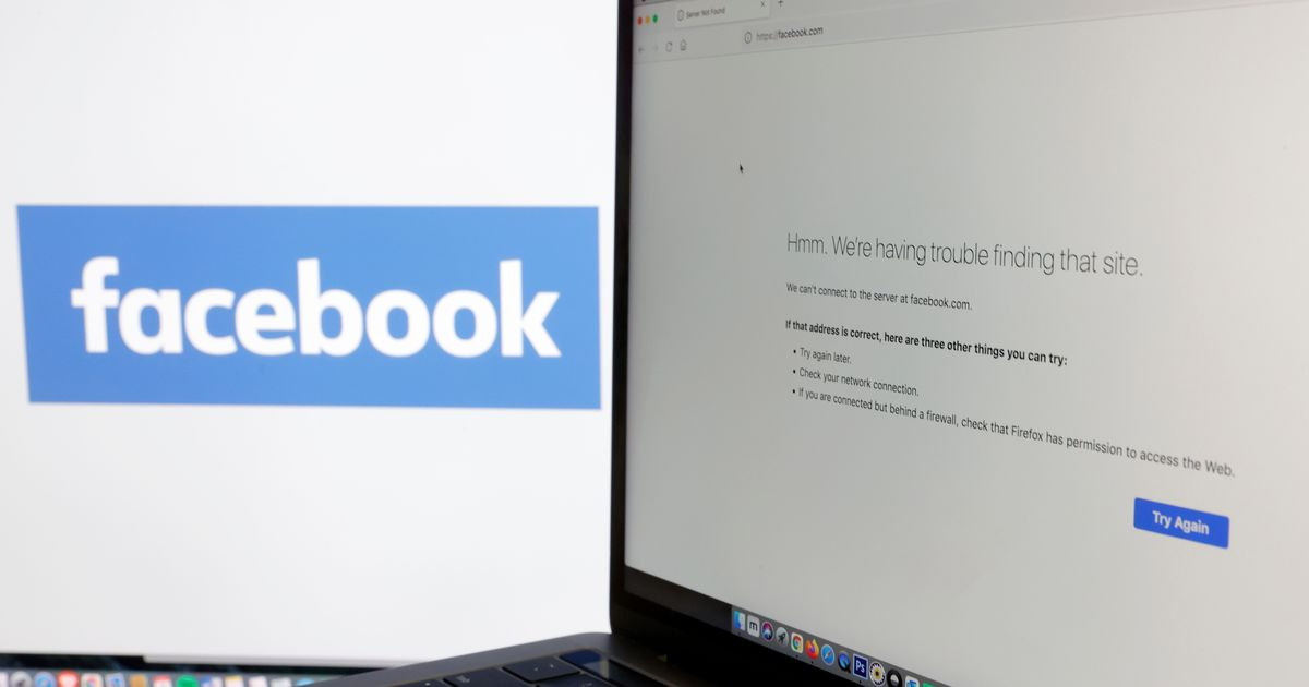 Facebook issues apology for widespread social media outage