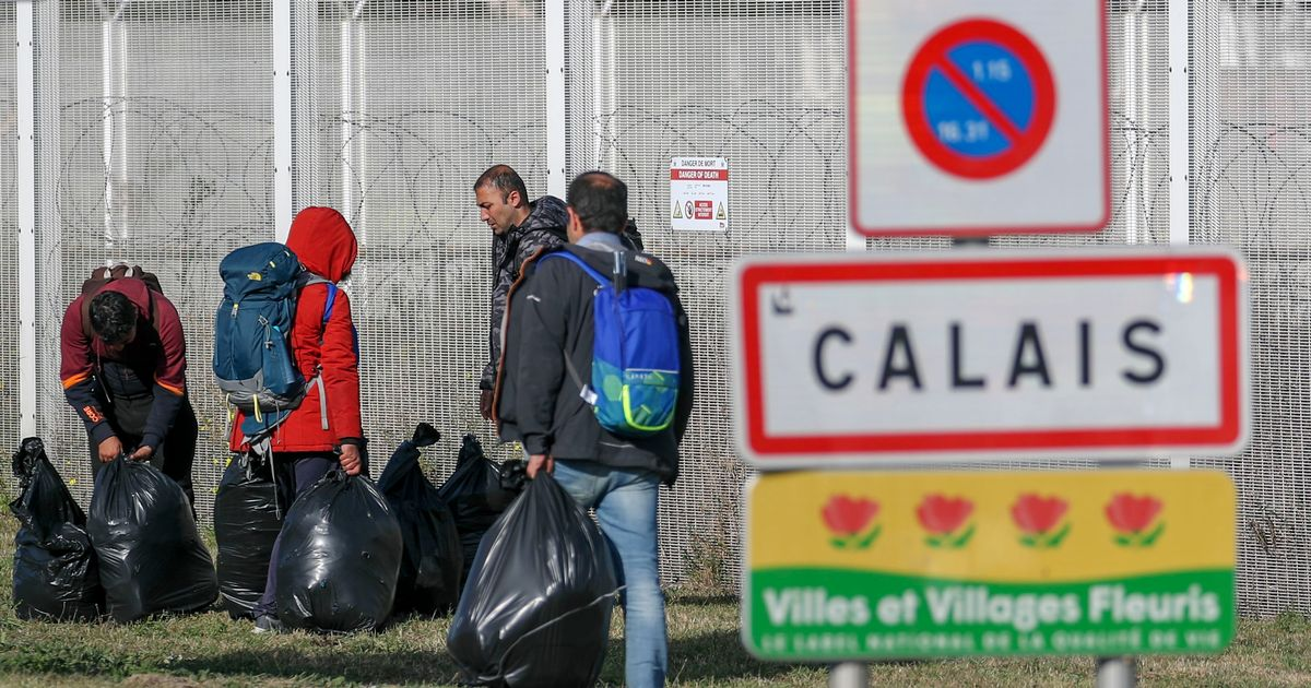 French minister calls on UK to fulfil promises over migrant crossings cash