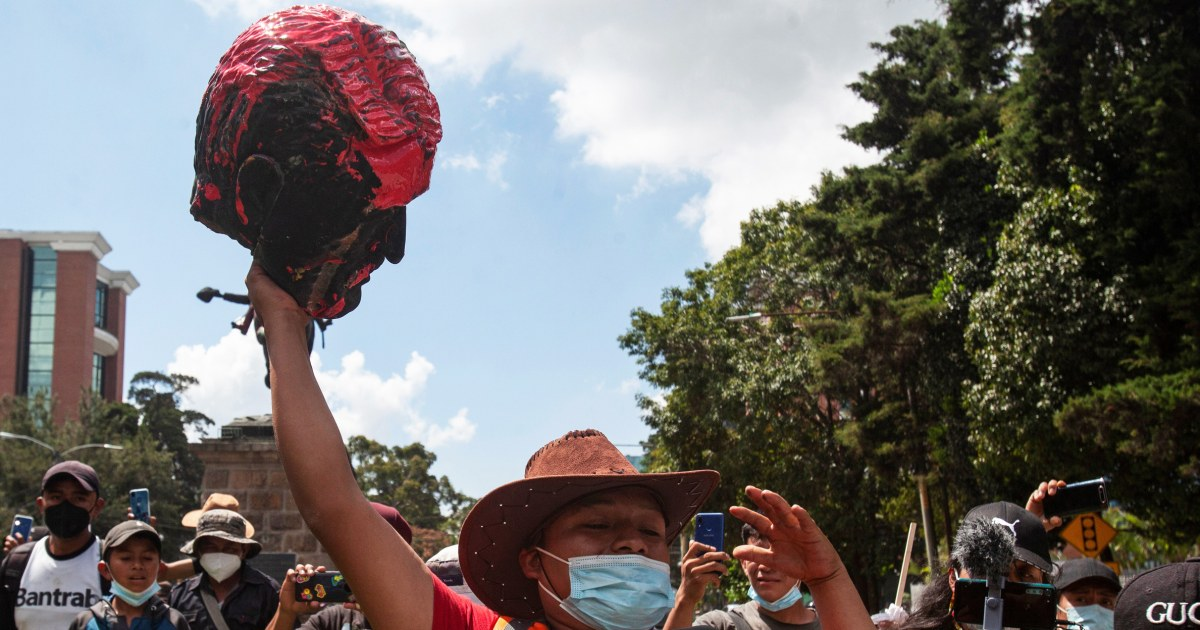 Guatemala protesters disavow colonialism, Columbus, aiming at statues