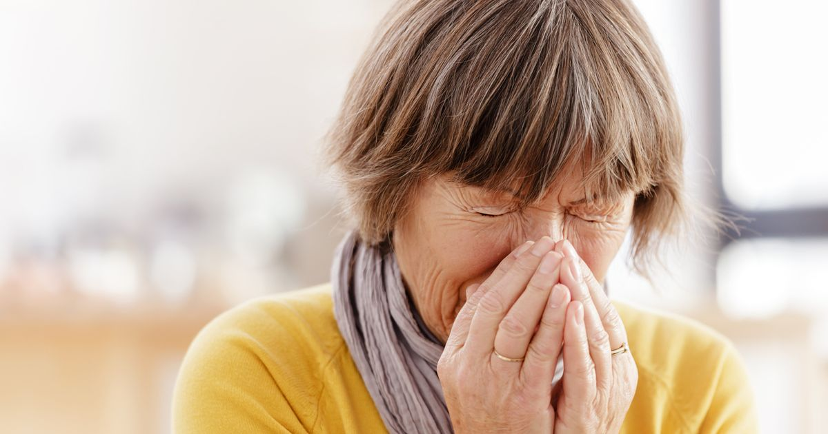 Latest UK news evening headlines: 'Worst lurgy ever' sweeping the nation, Queen's Jubilee party to be 'biggest ever'