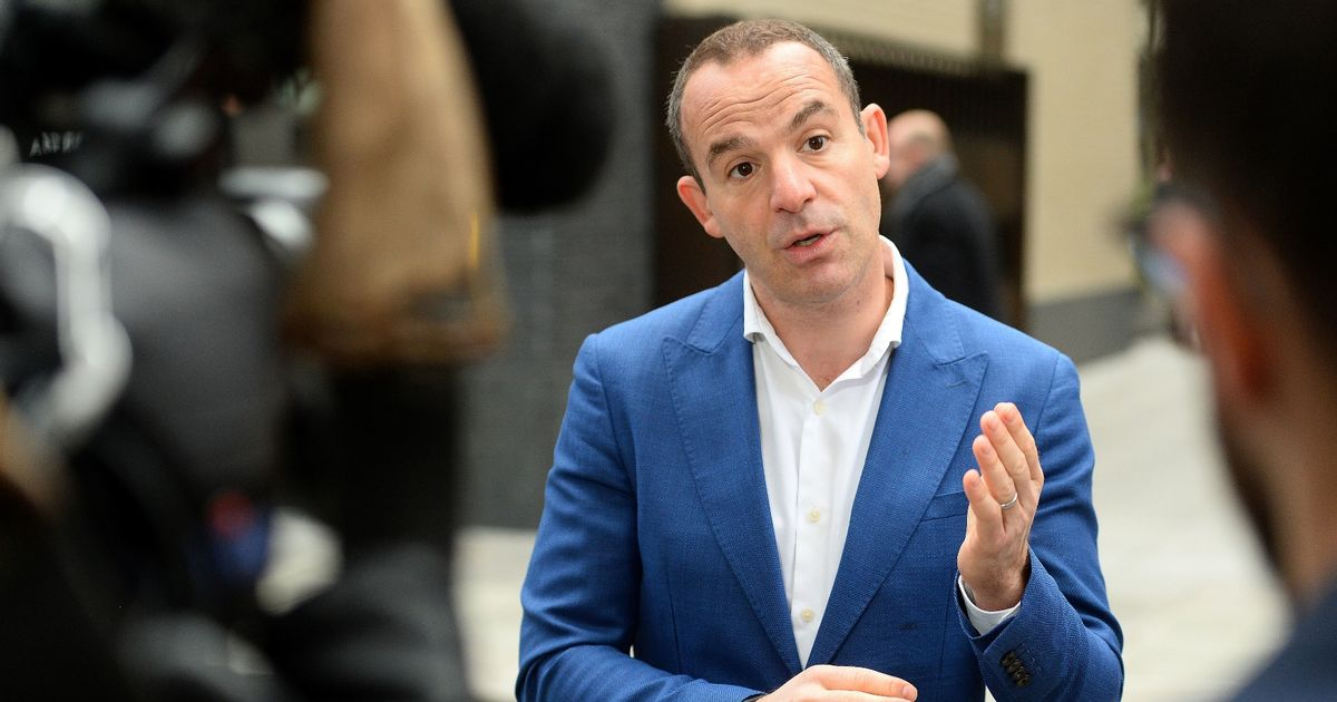 Martin Lewis says to 'do nothing' if your energy supplier wants to move you onto fixed rate