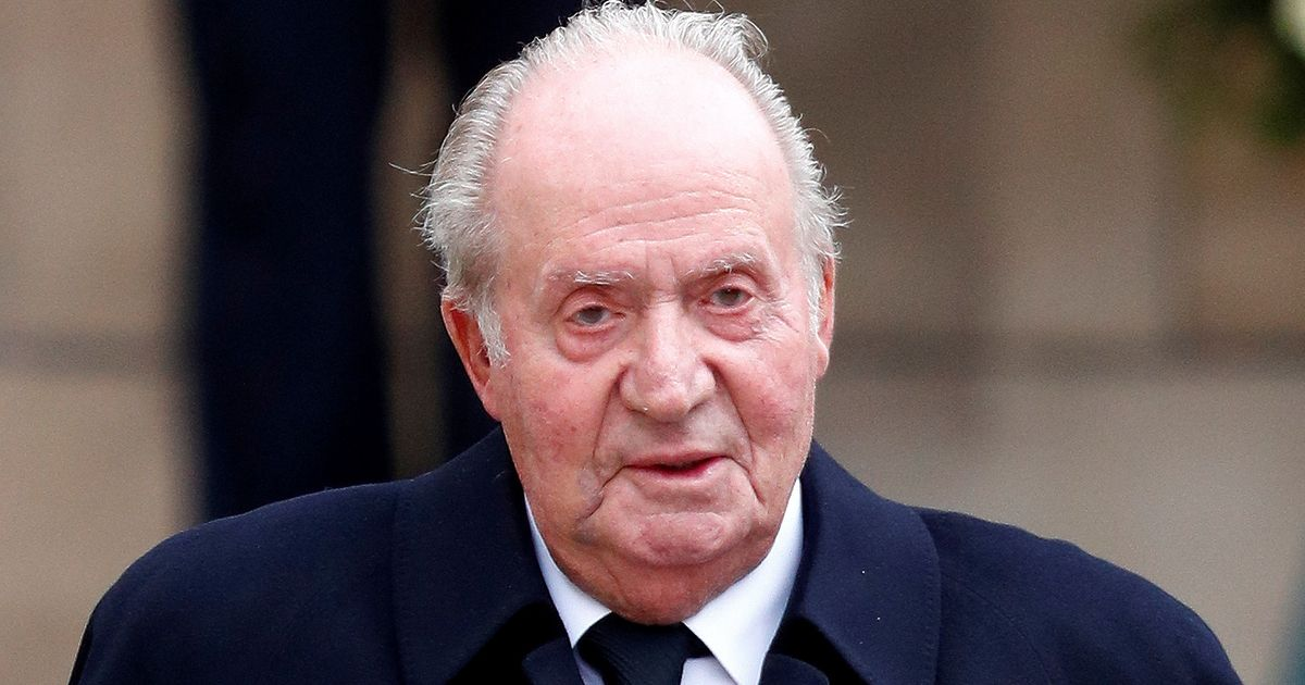 Former Spanish king, Juan Carlos, was reportedly injected with female hormones
