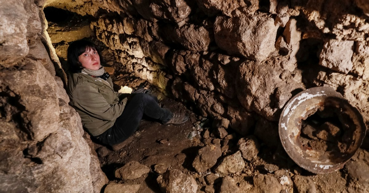 Ukrainians unearth hiding places of Jews in city sewers during Nazi Holocaust