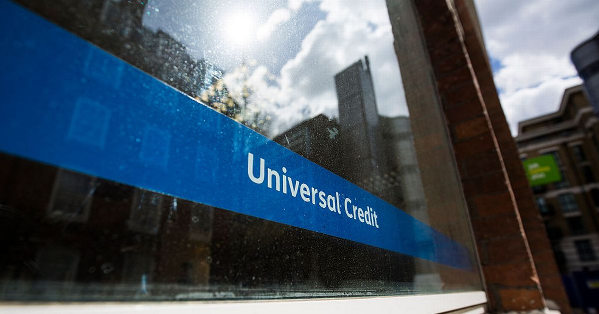 Universal Credit: What is a claimant commitment and how does it affect my benefit money?