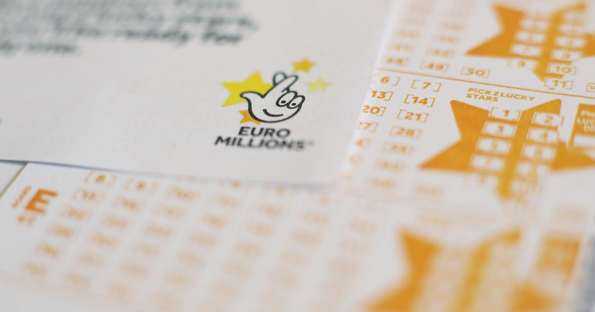 What is the EuroMillions jackpot cap and how does it affect what I can win?