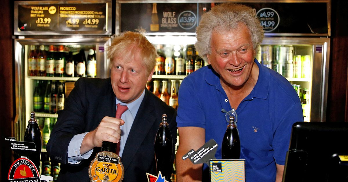 Why is Wetherspoons short-staffed?