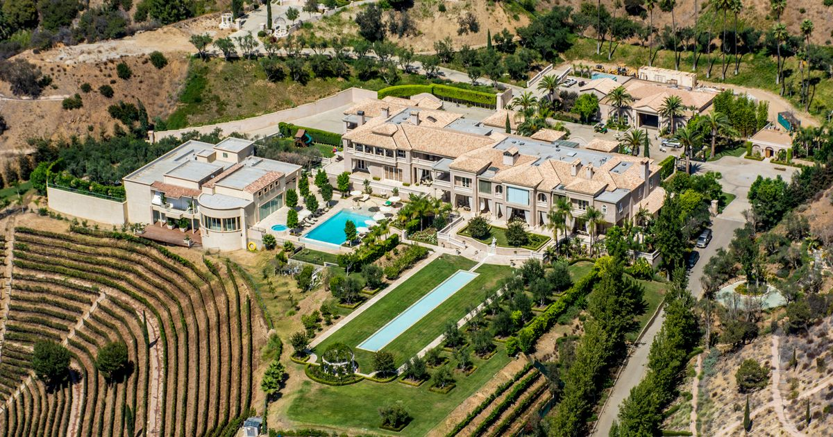 World's most expensive homes boast ice cream parlours, amphitheatres and 'snowflake' room