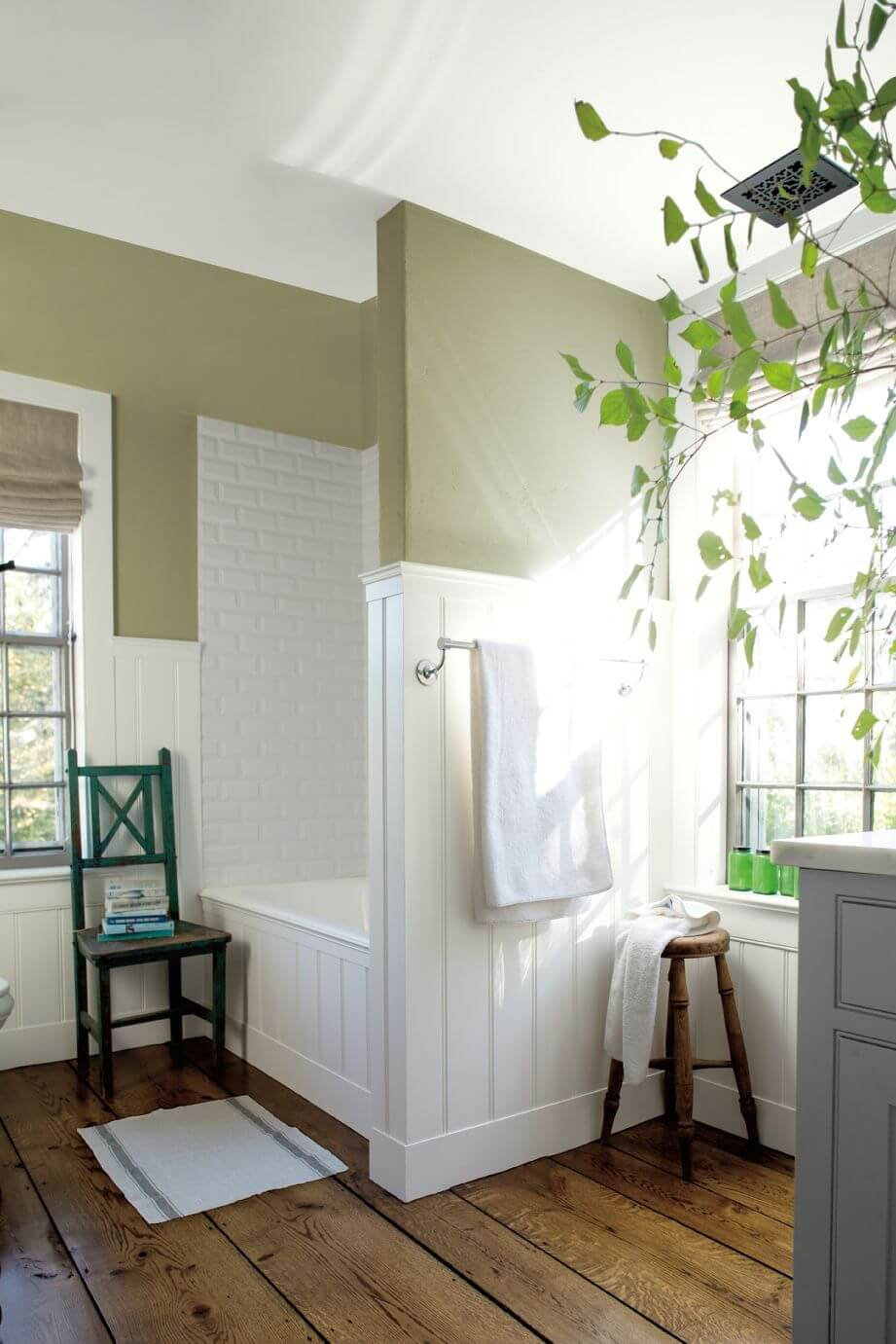 Painting Bathroom Walls Different Colors