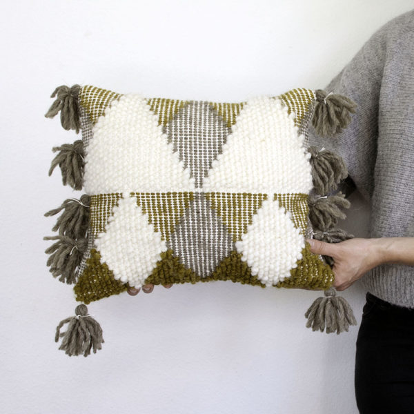 A Custom Pibione Pillow | The Crafter's Box