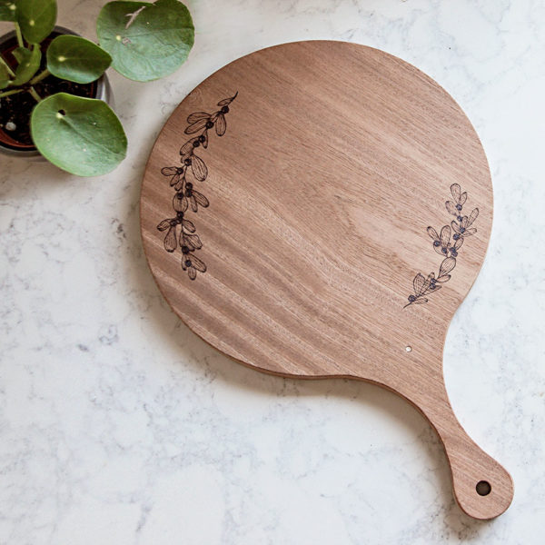 Sapele Round Cheeseboard | Wood Burning | The Crafter's Box