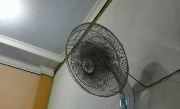 How to Clean the Fan Dust