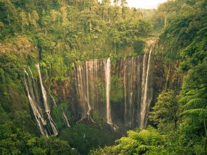 Read more about the article Tumpak Sewu in Lumajang Indonesia – The Most Spectacular Waterfall in Java