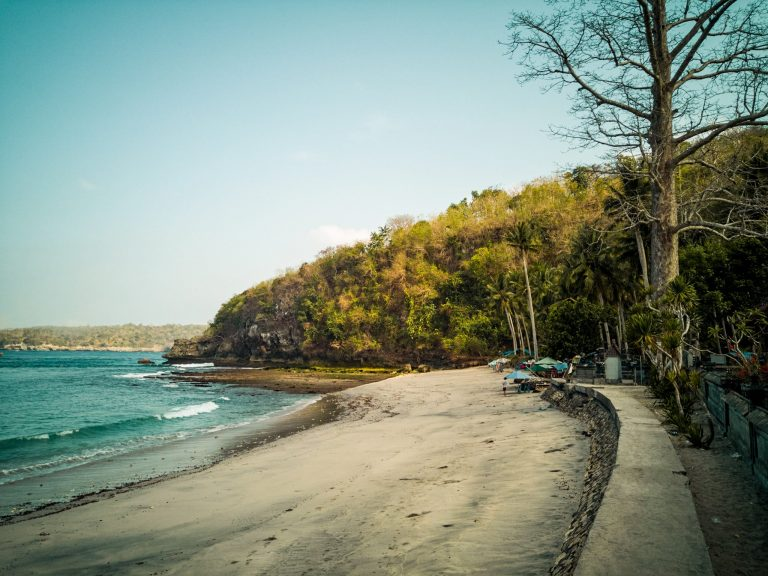 Crystal Bay Things To Do Nusa Penida The Travel Deck