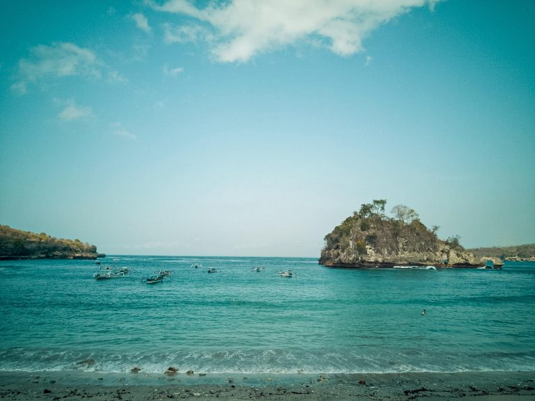 Crystal Bay Things To do in Nusa Penida The Travel Deck
