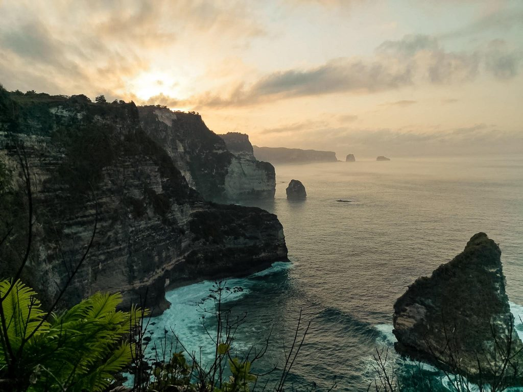 Banah Cliff Point view of sunrise Nusa Penida The Travel Deck