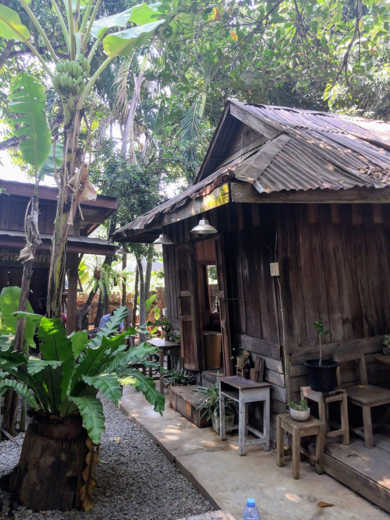 a vintage wooden cafeteria in Phrae