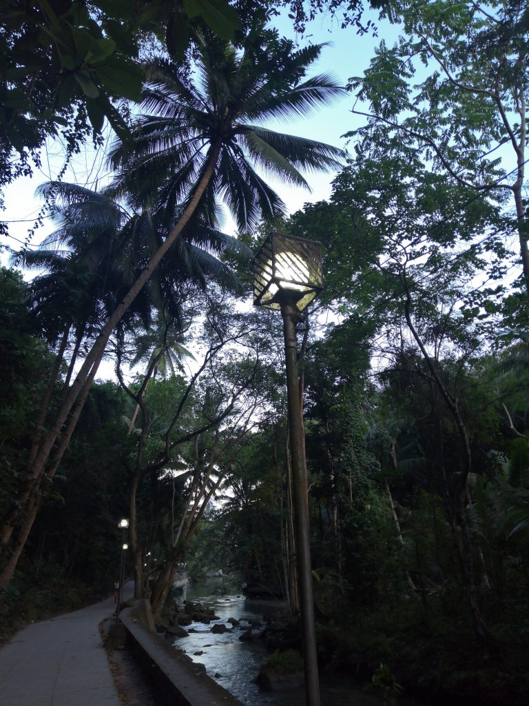 early morning and making our way to Kawasan falls to beat the crowd