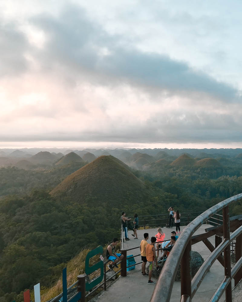 It is quite stunning to see the chocolate hills, however we had a strange underwhelming experience