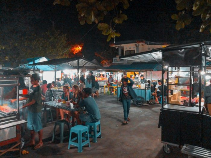 A local market about 30 minutes from Ubud