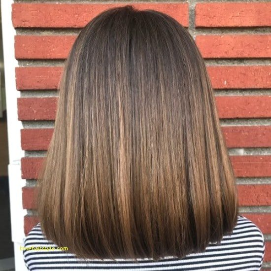 awesome elegant medium haircut for girls in this year