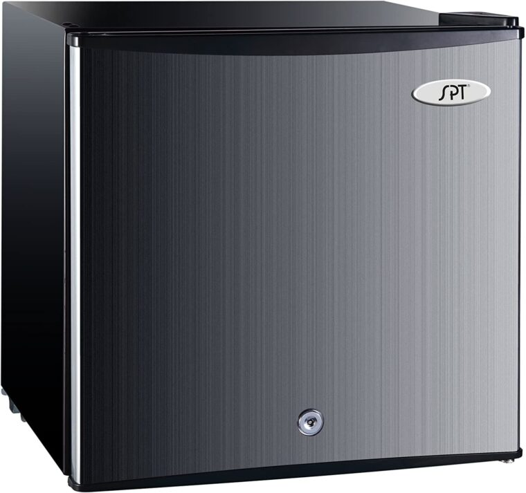 Top 10 Best Mini Fridges with Lock 2021 - Reviews & Buying Guide 5