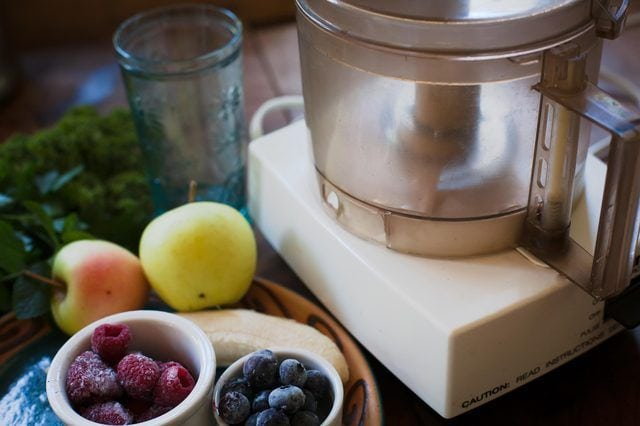 Can You Make Smoothies In A Food Processor? 2