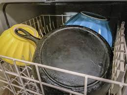 Can You Put a Cast Iron Skillet in the Dishwasher? 2