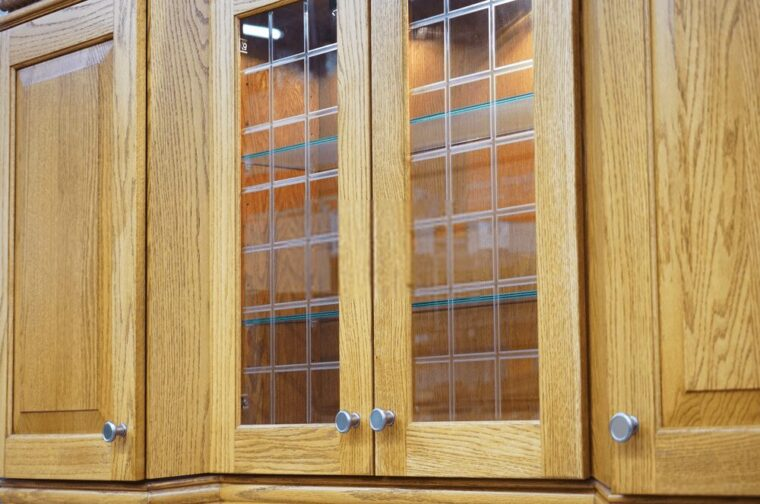 How Much Does It Cost To Put New Doors On Kitchen Cabinets? 2
