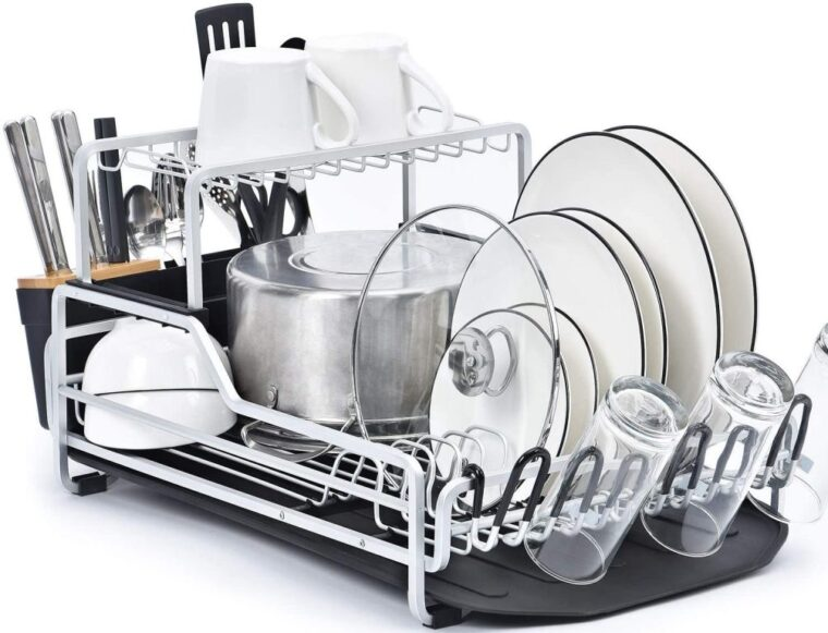 A picture containing indoor, kitchenware, rack, table Description automatically generated