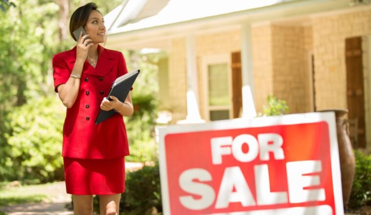 What to Look for When Buying a Luxury Home - 2021 Guide 1