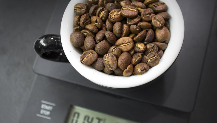 8 Useful Tools to Help You Make Coffee like a Professional Barista At Home - 2021 Guide 2