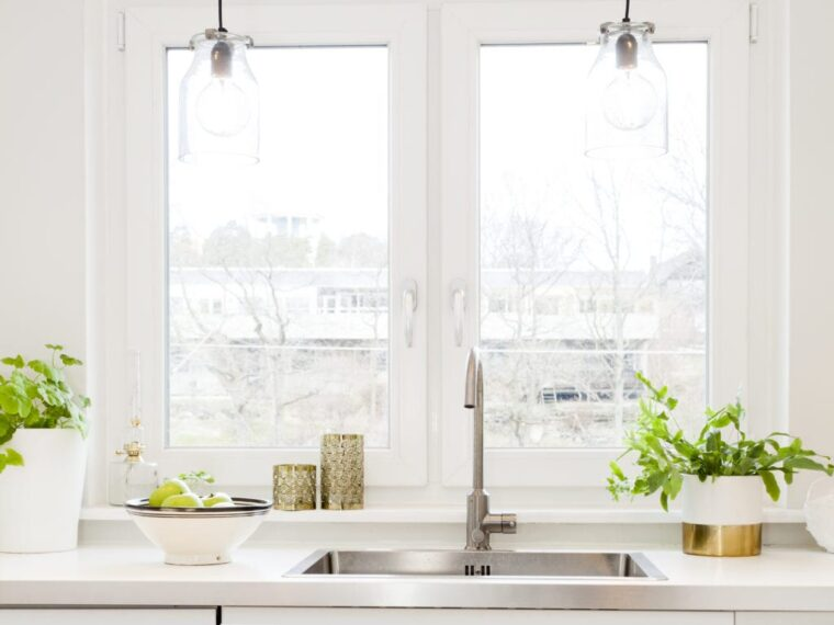 7 Ventilation Tips For Small Kitchens - 2021 Guide 5