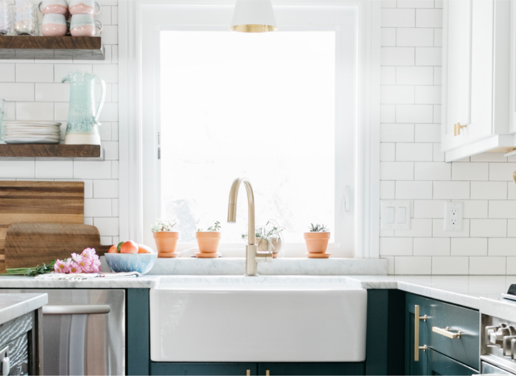 7 Things Nobody Tells You About Farmhouse Sinks - 2021 Guide 4