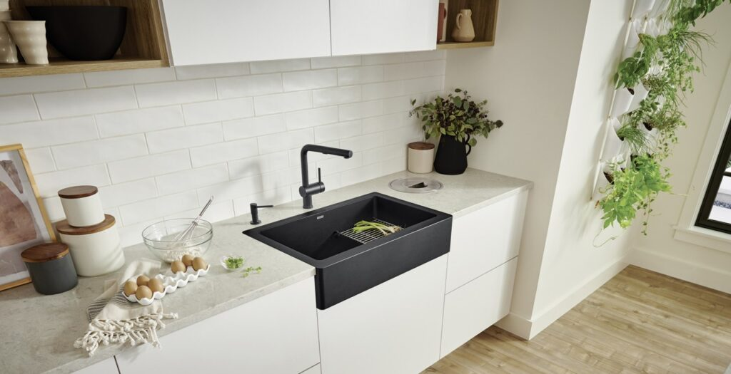 7 Things Nobody Tells You About Farmhouse Sinks - 2021 Guide 2