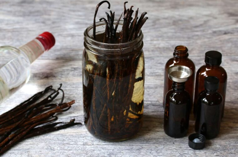 Smart and Creative Ways to Use Pure Vanilla Extract - 2021 Guide 6