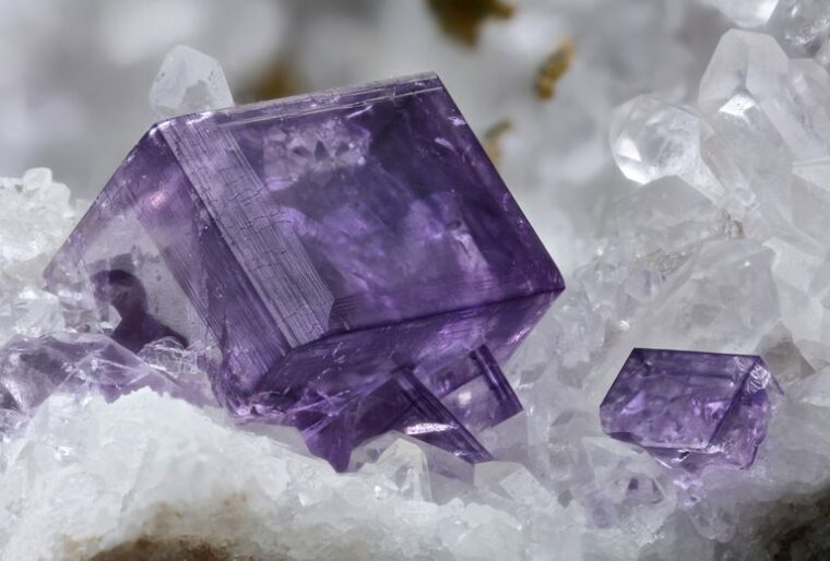Which 7 Crystals to Use for your Kitchen - 2021 Guide 1