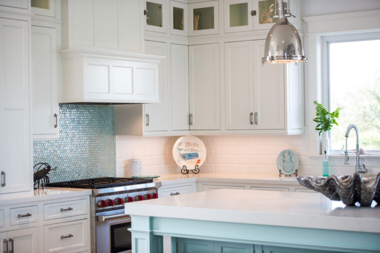 8 Best Assembled Kitchen Cabinets for a Tight Budget 2021 3